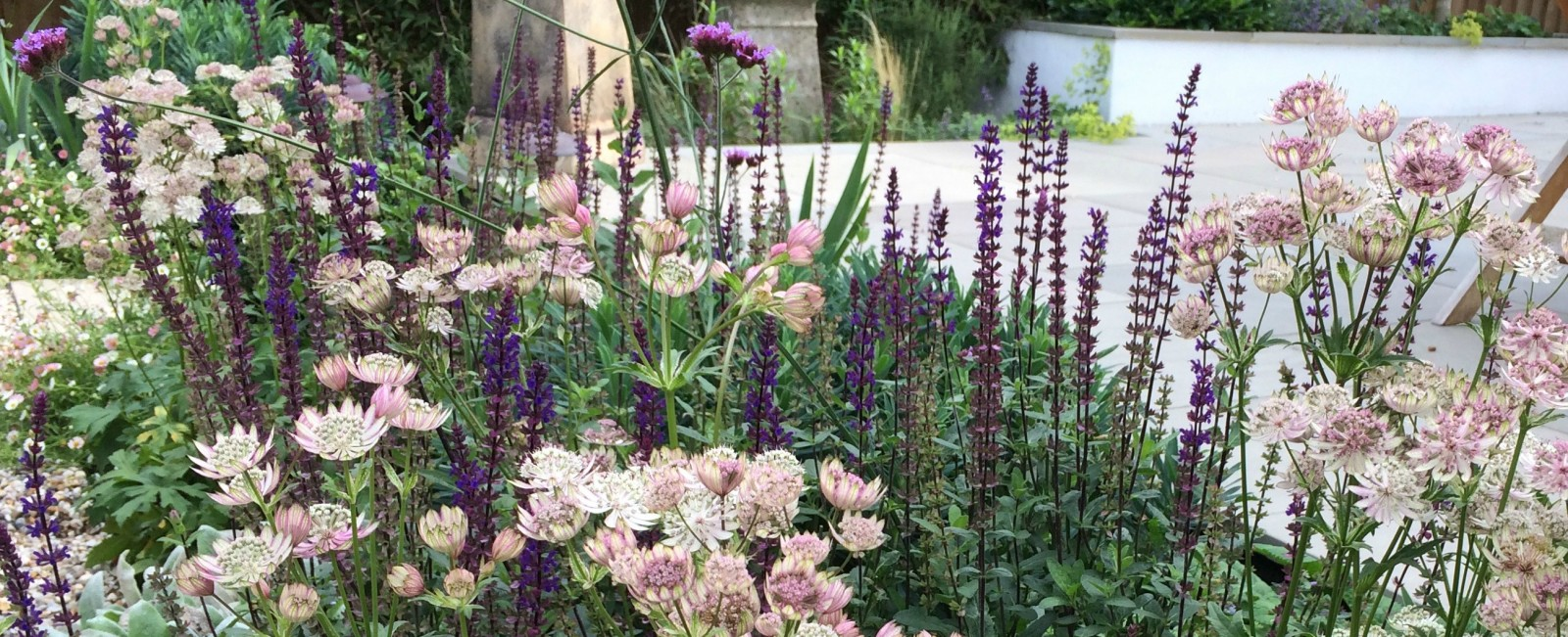 Claire Moreno :: Garden Design and Planting in Kent